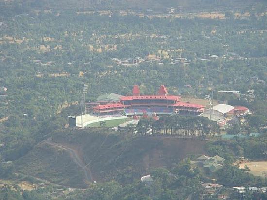 McLeod Ganj, Indien: IPL Stadium at Dharamsala