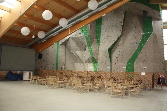 Wahaha Paradise: La parete d'arrampicata.