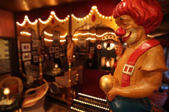 """Hotel """"El Andaluz"""" Europa-Park: El Circo Bar_2  4-Sterne Erlebnishotel """"El Andaluz"""""""