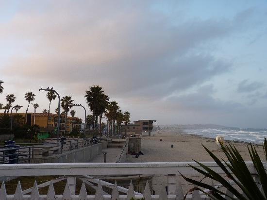 Crystal Pier Hotel & Cottages: View from the room at sunrise