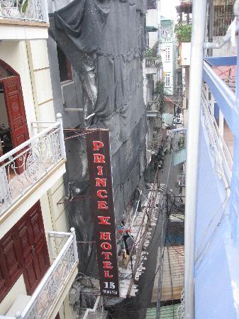 Hanoi Stay Hotel : View from balcony