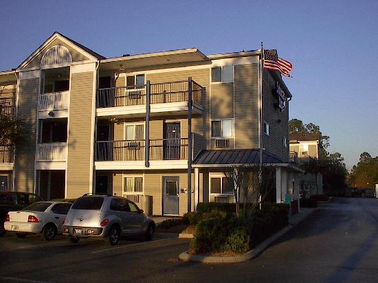 Suburban Extended Stay Hotel of Jacksonville / Baymeadows: Suburban Extended Stay