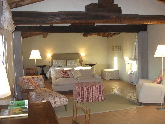 Villa Di Campolungo Agriturismo: Orciaia room