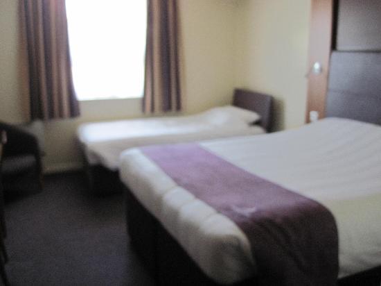 Premier Inn Lancaster Hotel: hotel room