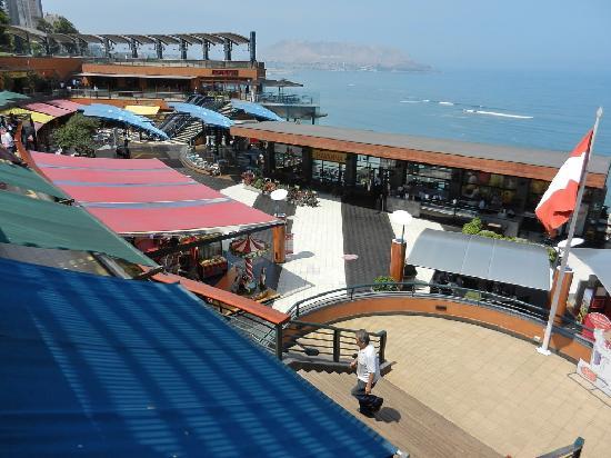 Shopping Center Larcomar (Centro Comercial Larcomar): Larcomar