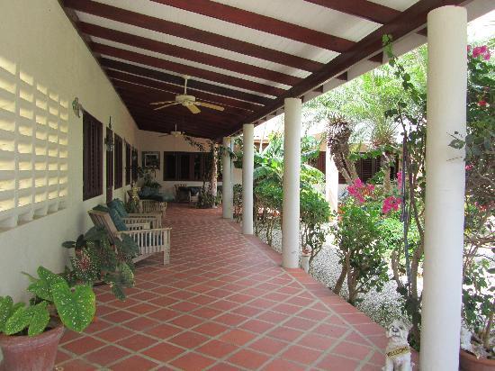 Ocean View Villas, Bonaire: Veranda