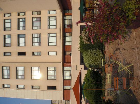 Vue terrasse picture of novotel suites paris montreuil - Suite novotel paris porte de montreuil ...