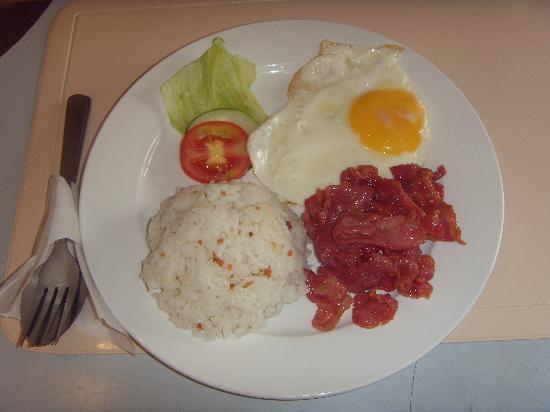 Fuente Oro Business Suites : sample breakfast