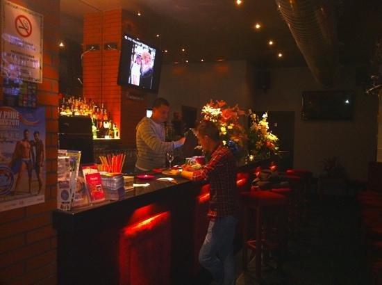 Parrots Pub Sitges Restaurant Reviews Amp Photos