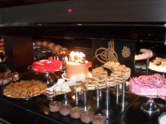 Limak Lara De Luxe Hotel&Resort: desserts yum