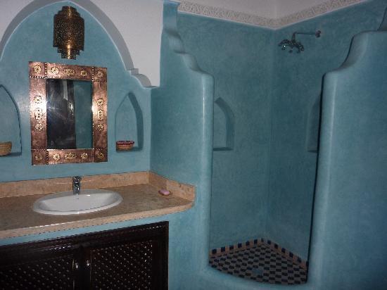 Riad Mabrouk : Baño