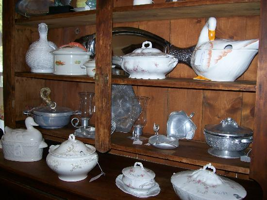 TreeHouse Antiques Center : The Carriage House at TreeHouse