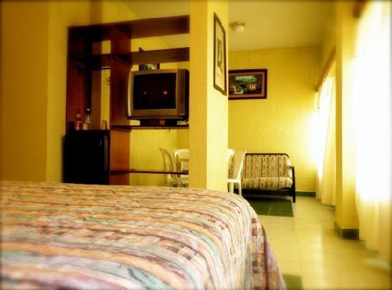 Hotel Sandoval: habitaciones amplias