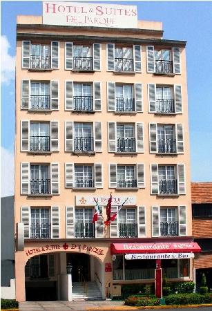 Hotel & Suites del Parque - TEMPORARILY CLOSED: Hotel's Front