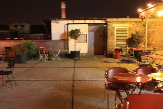 Corvin Club: Auf dem Dach