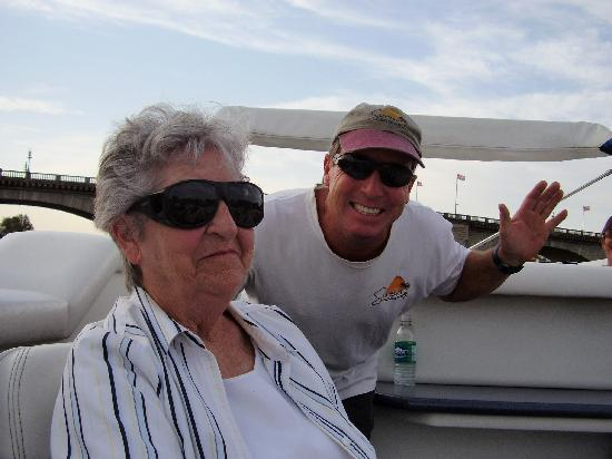 Sunset Charter & Tour Co : Captain Kenny greeting a guest!