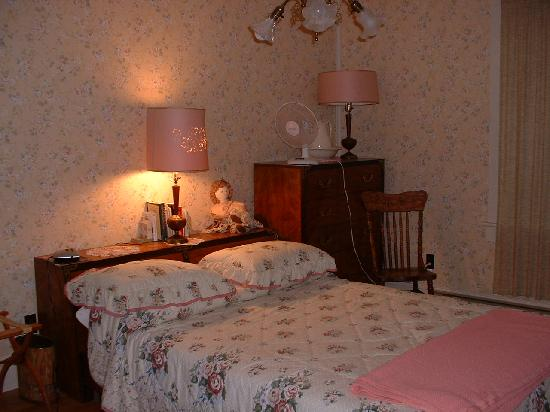 Kringle's Bed & Breakfast: Room with Private Entrance
