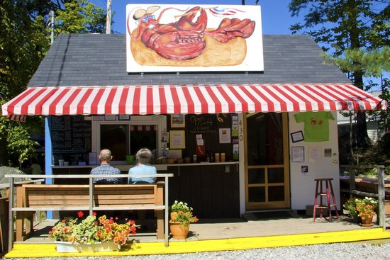 Damariscotta, เมน: The best food comes from a roadside shack!