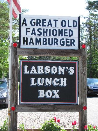 ‪‪Larson's Lunch Box‬: Stop by while on the Mid Coast!‬