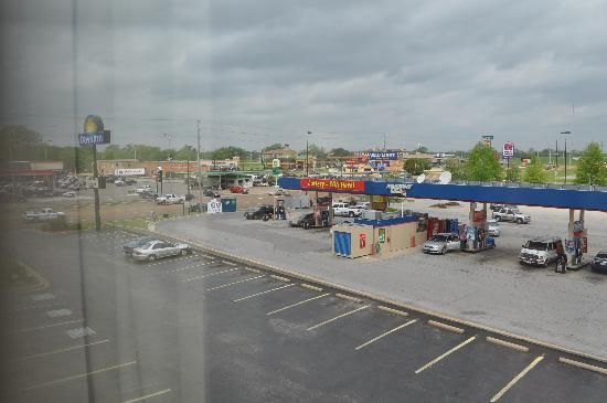 Days Inn Dyersburg: View from room 303