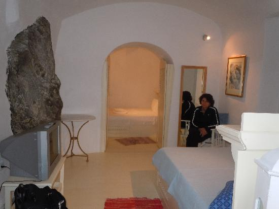 Old Oia Houses: bedroom- plus another one through doors