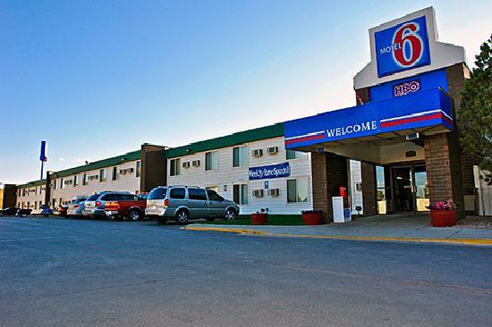 Motel 6 Gillette: Front Entrance 2