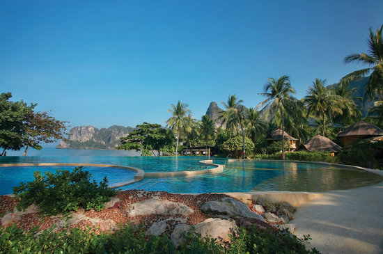 Rayavadee Resort: Rayavadee's free-form swimming pool