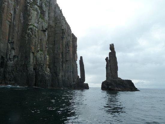 Hobart, Australia: Cliffs