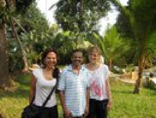 Ayana's Homestay: MR. NAIR WITH GUESTS