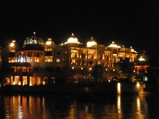 The Leela Palace Udaipur: Exterior View