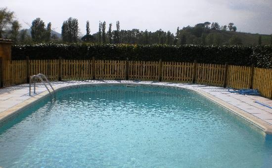 Montone, İtalya: La piscina