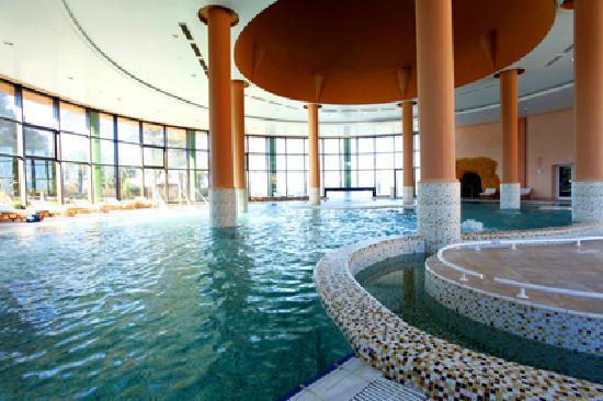 Hotel El Ksar: Sea water pool thalasso