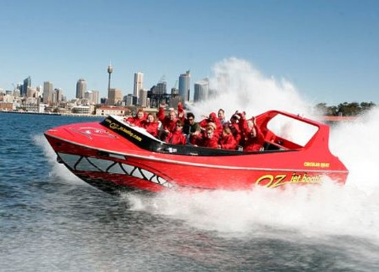 Oz Jet Boating Sydney Harbour: The Red Shark - Awesome Fun