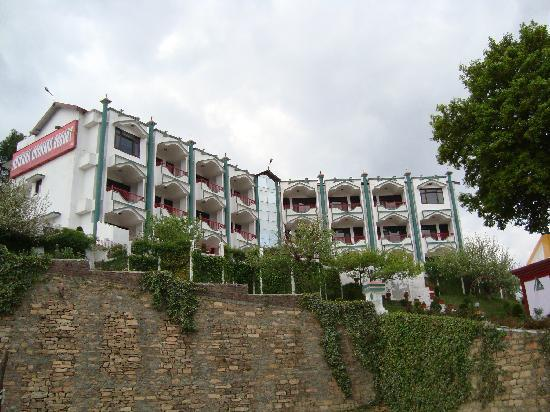Mukteshwar, India: The Main Building