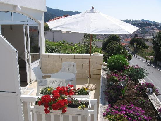 Violeta Hvar: Apartment terrace