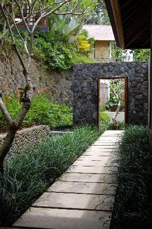 The Purist Villas and Spa: Entrance to our villa