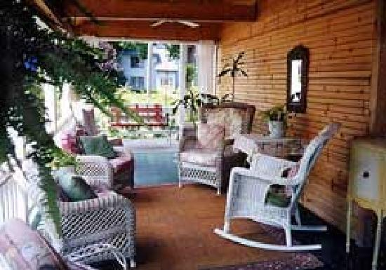 Sand Castle Inn : Front Porch