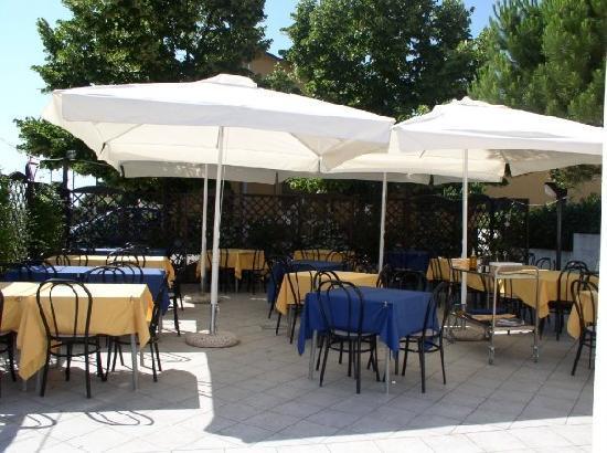Taverna Le Muse : giardino