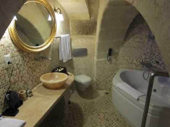 Perimasali Cave Hotel - Cappadocia: Bathroom