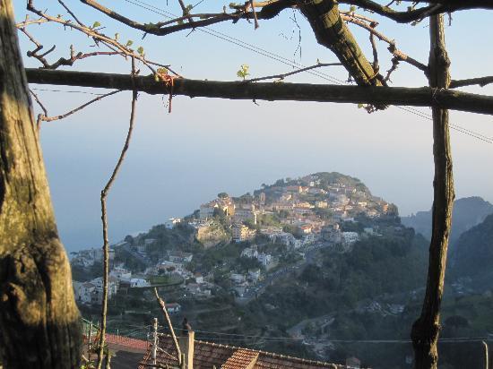 Agriturismo Monte Brusara: Ravello from AMB
