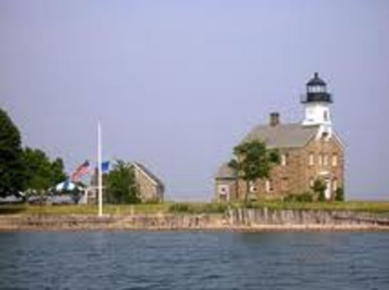 Sheffield Island Lighthouse: Sheffield Island