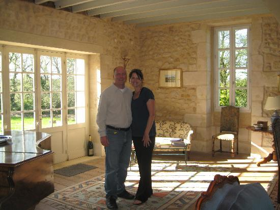 Beautiful living room picture of chambres d 39 hotes saint for Chambre d hote st emilion