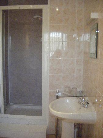 The Bonnington: one of the en suite bathrooms