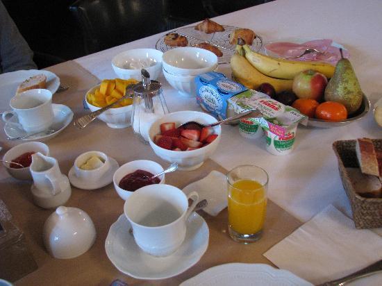 Le Clos de Clessé: Uitgebreid ontbijt