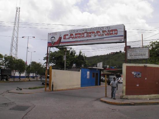 Carupano, Venezuela : Vor dem Busterminal