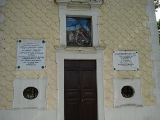 Cappella di Santa Margherita: Facciata