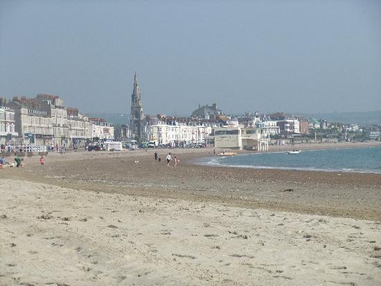 Wilton Guest House : Weymouth beach