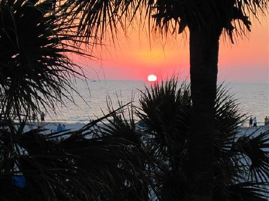 Hilton Clearwater Beach: View from Reflections Restaurant