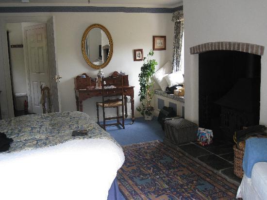 Tor Cottage: Inside our 'room'