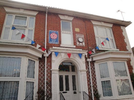 Madison House : Bunting up ready for Royal Wedding